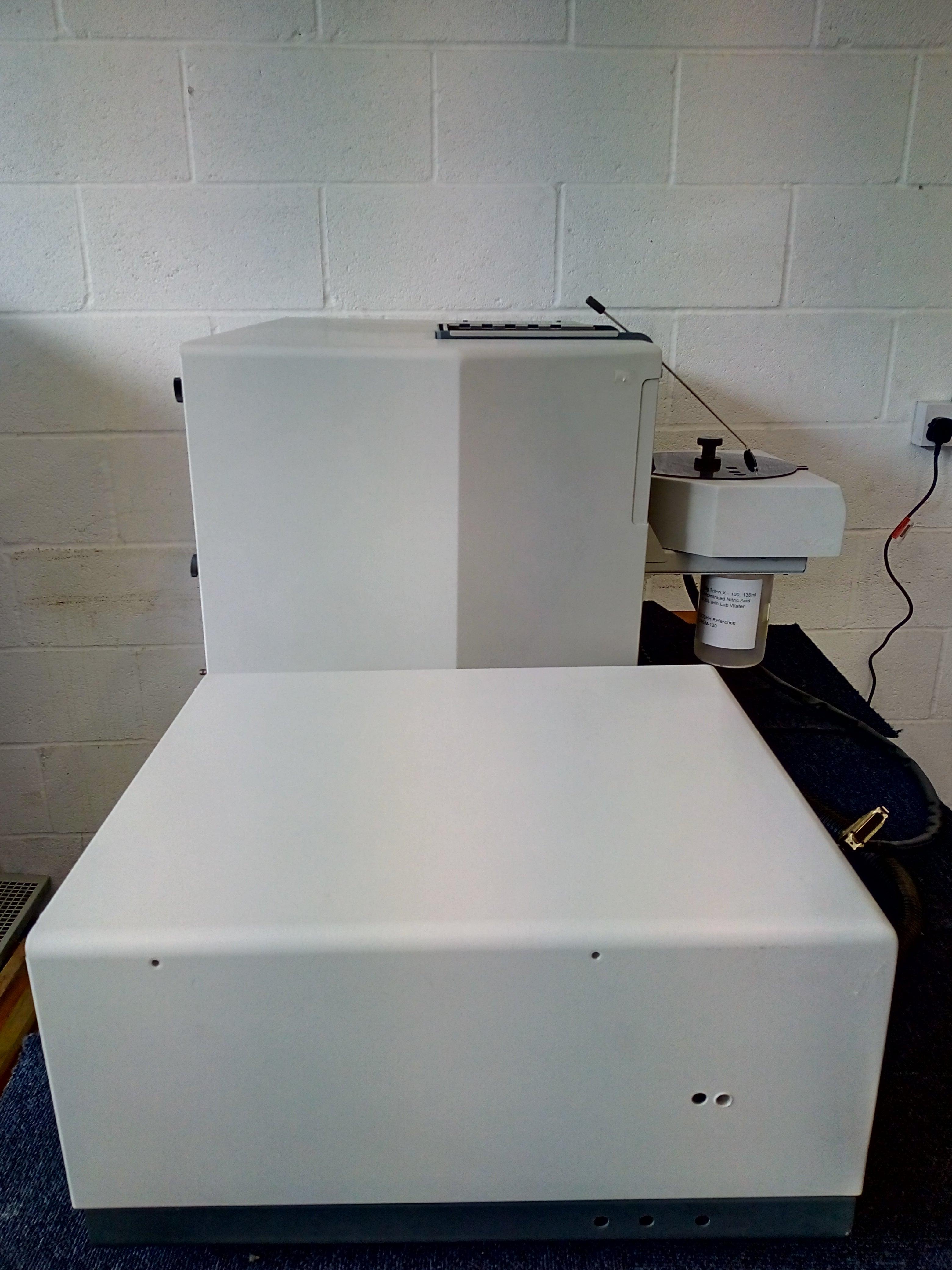 Varian spectraa 220 atomic absorption spectrometer manual